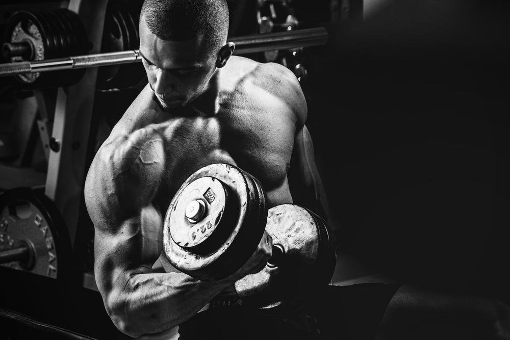 身体を追い込む ウエイトトレーニング