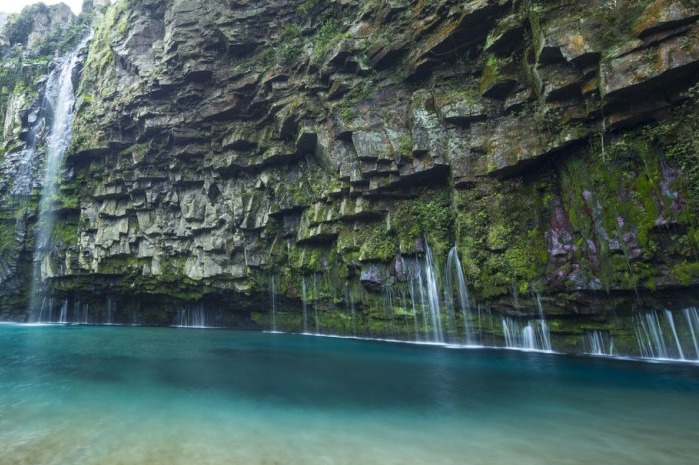 雄川の滝 佐多街道 鹿児島県 大隅半島 観光スポット 旅 エメラルドグリーン